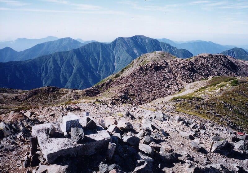 南アルプス赤石岳三角点