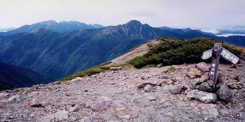 南アルプス 農鳥岳より塩見岳を望む